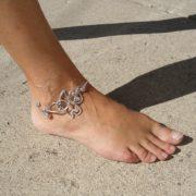 celtic-knot-anklet-silver-display