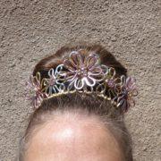 daisy-chain-crown-display