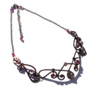fairy-necklace-bronze-long-left