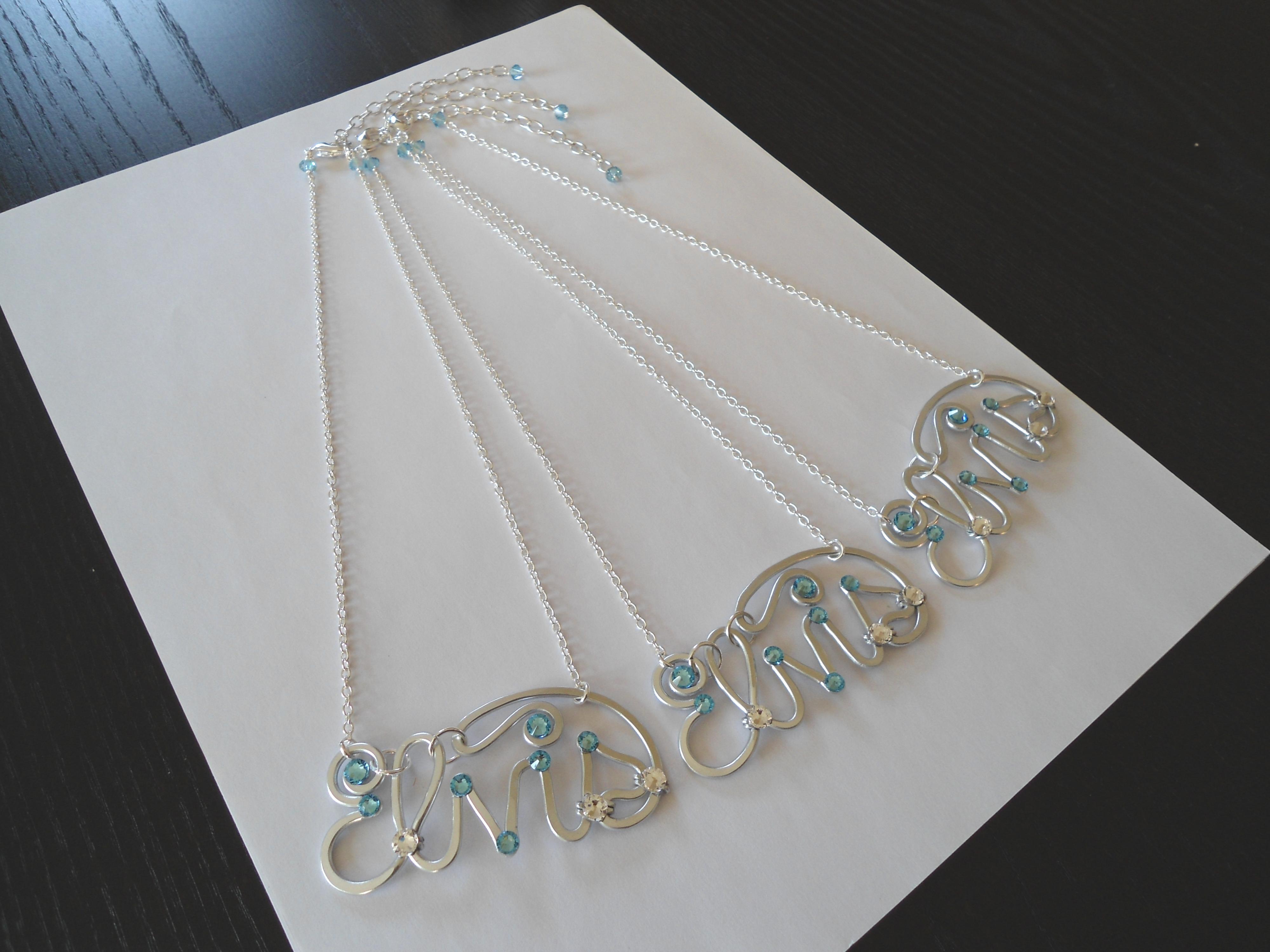 Elvis Necklace Silver Sea Blue Right Trio