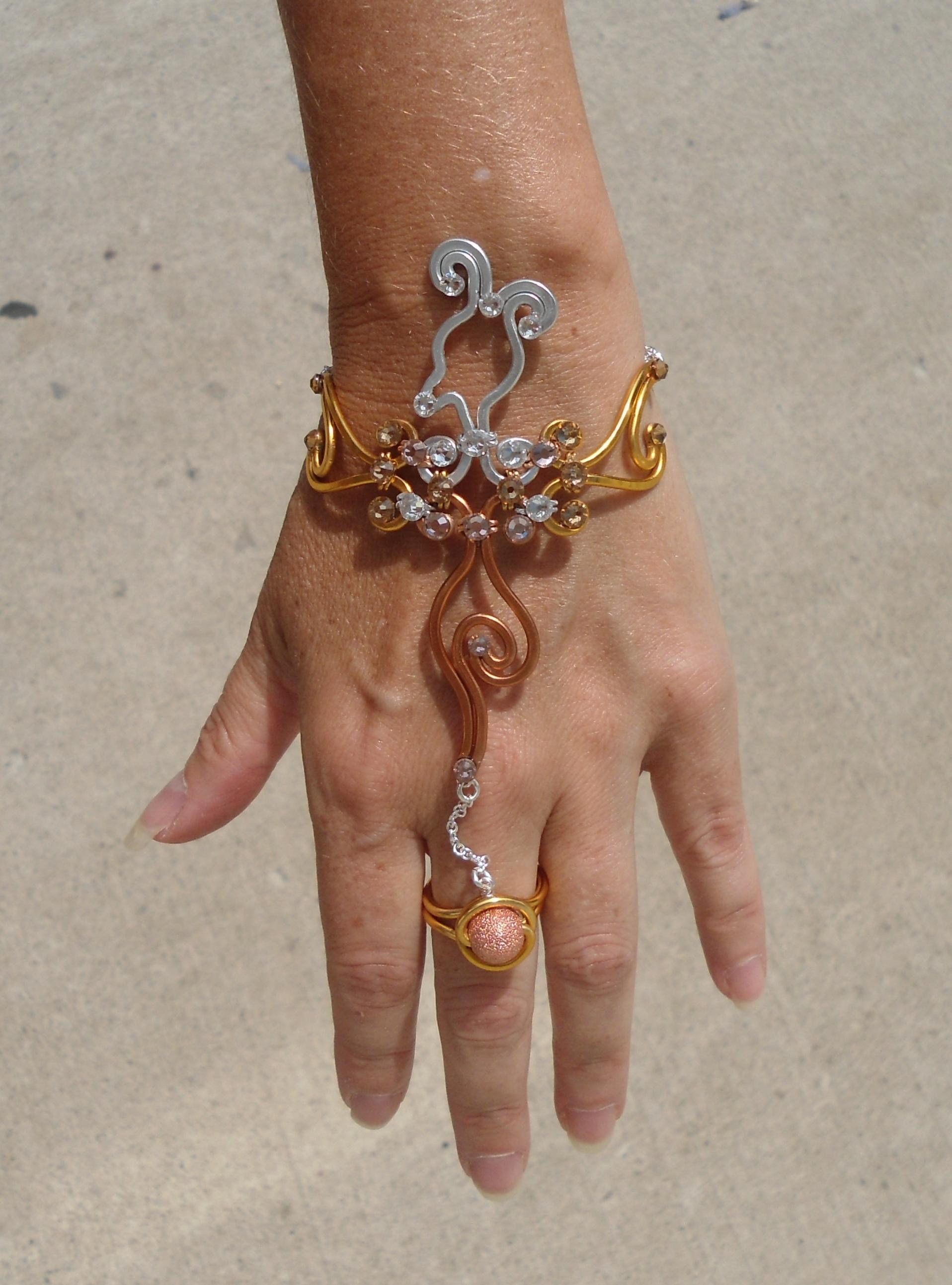 Phoenix Finger Bracelet Mixed Metals Display